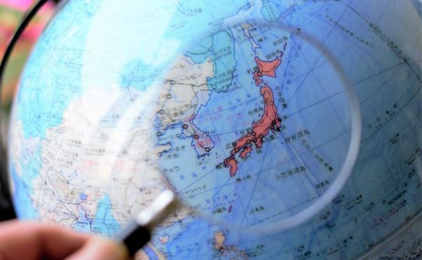 4日から半導体材料の対韓輸出規制を強化  同時に「ホワイト国」から韓国を除外