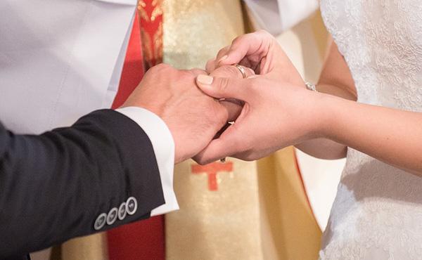 結婚したほうが経済的に余裕が出るのか?