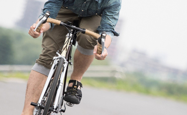 なんでロードバイク乗りって実力ではなく乗ってるマシンの値段でイキってくるの????