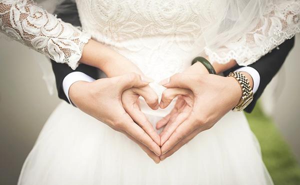 結婚式とかいう3万円で他人の成功を見せつけられる苦行