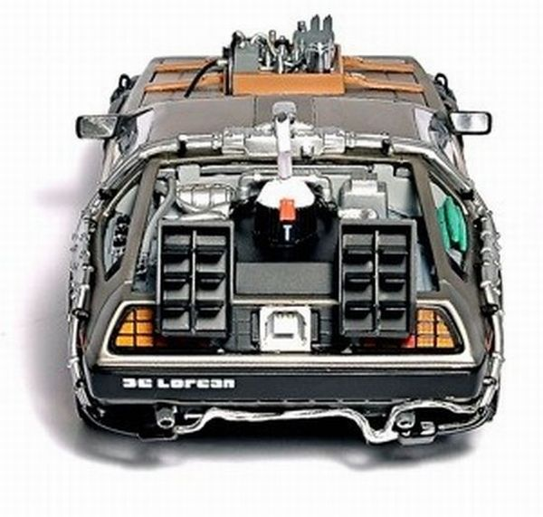 delorean-car-hard-drive-4