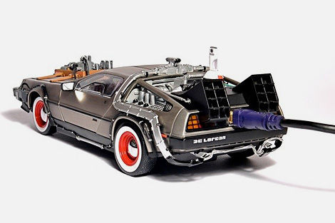 delorean-car-hard-drive-5