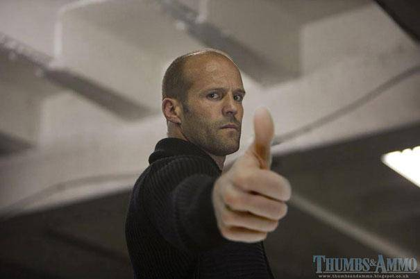 th_movie-stills-with-thumb-ups-photoshopped-instead-of-guns-11