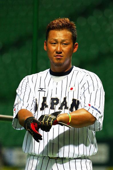 【画像】プロ野球 中田翔さん、娘が料理しているところをインスタ投稿する