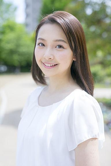 【画像多数】女優 華村あすか、純白ビキニで美バストちらり 新プロジェクト始動する