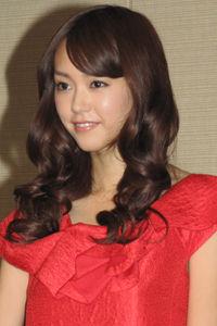 【女優】桐谷美玲さん、結婚後、初となるコメント「嬉しくてたまらない」