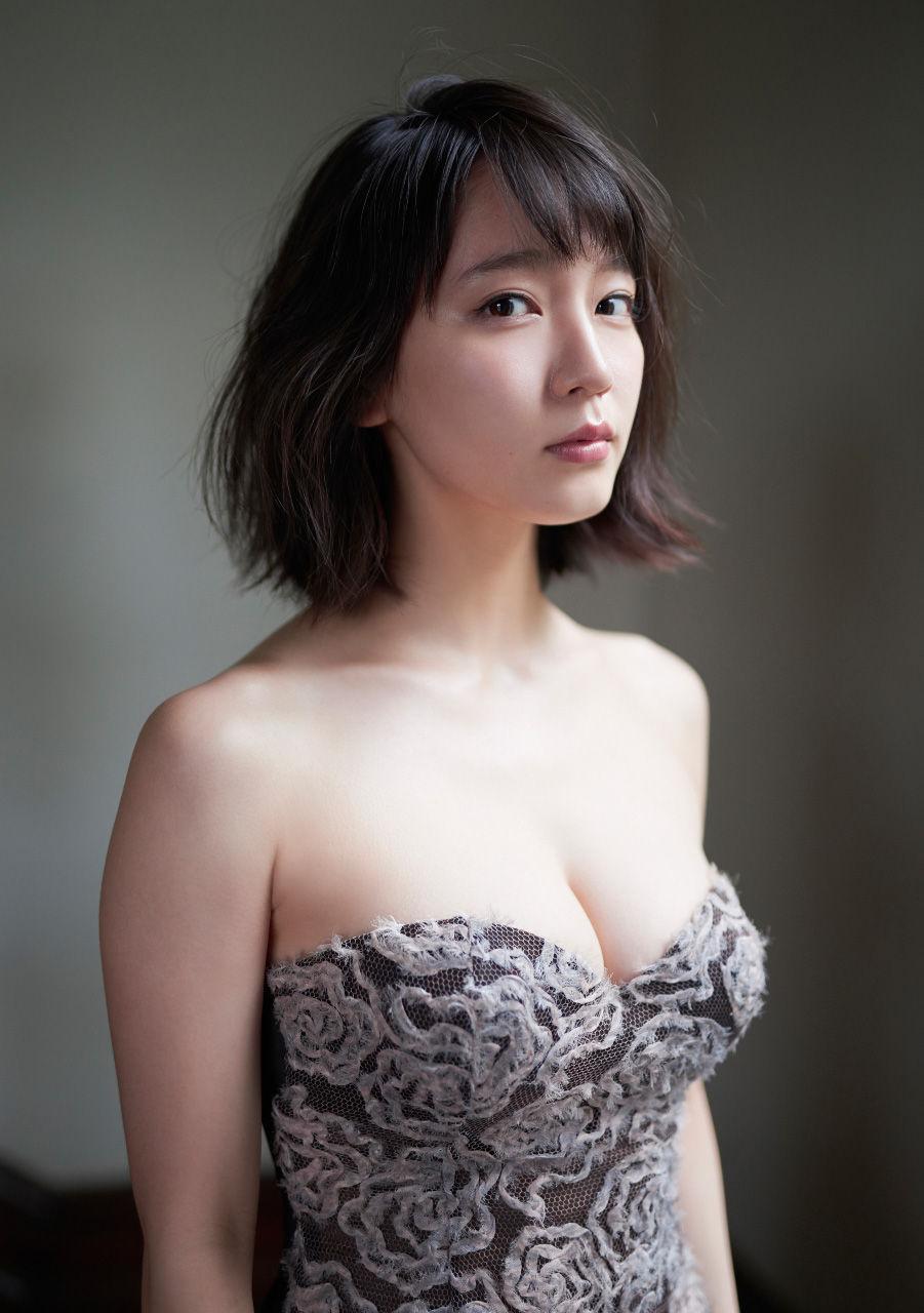 【女優】吉岡里帆さん、『FNS歌謡祭』でテレビ初歌唱!視聴者より「すげ!」「うた上手いな!」