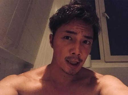 【画像】成宮寛貴、上半身裸で寝そべる動画にファン大歓喜「セクシーすぎて鼻血が…」