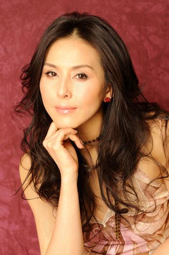 【画像11枚】杉本彩(50)、年齢を感じさせないセクシーボディをご覧下さい