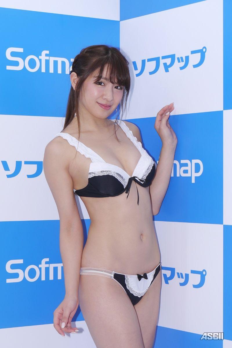 【朗報】30歳のえちえちグラドルがソフマップ(画像あり)