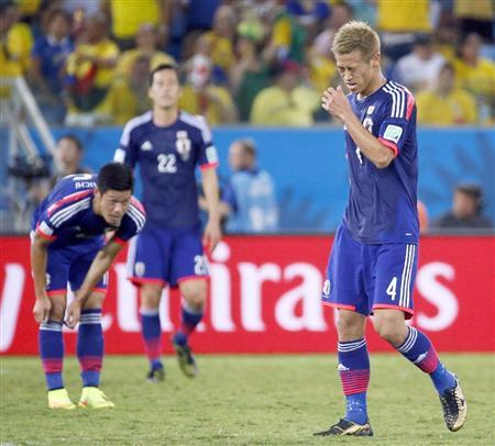【悲報】本田圭佑さん、怪我で別メニュー調整