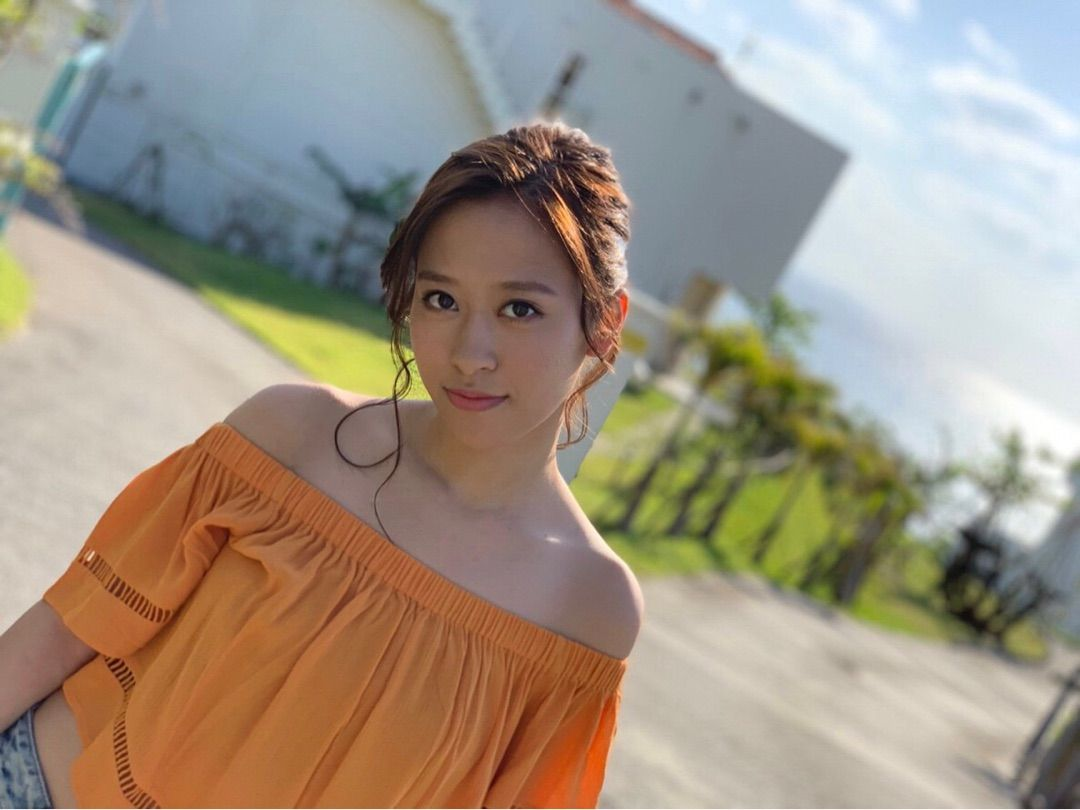 小田さくらさんの写真集「さくらのきせつ」3月に発売しまーす!