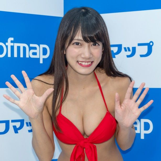 【画像14枚】石原由希、バスト80cmのCカップアイドルが下乳全開のビキニ姿に