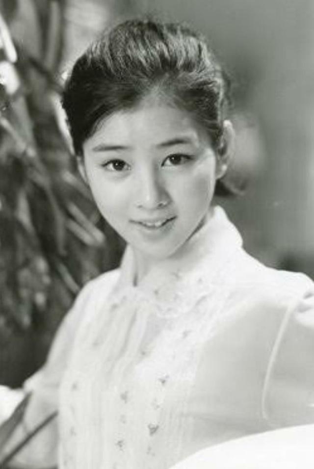 美女を貼っていって日本史上最強の美女を決めよう(混血不可)