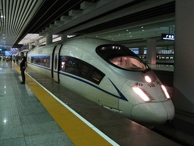 high-speed-train-g86592f679_640