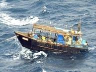 【細菌テロ】島に不法上陸した北朝鮮の船員3人 『結核』と判明!口から結核菌を排出する重い状態...