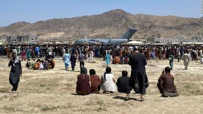 210822081317-kabul-afghanistan-airport-08-16-2021-super-169