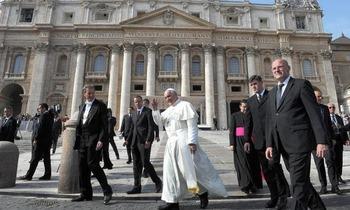 Esclusiva-Panorama-anche-il-Papa-e-stato-intercettato_h_partb
