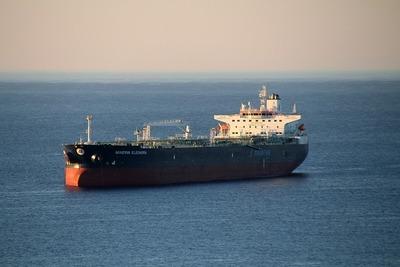 ship-5562741_640