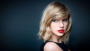 taylor-swift-red-lips-wallpape-59a01a3818285_R