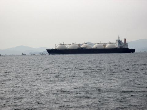 05_LNGタンカー