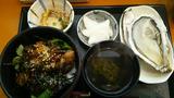 仙台の名物の一つ「牡蠣」。生牡蠣付牡蠣丼(笑)