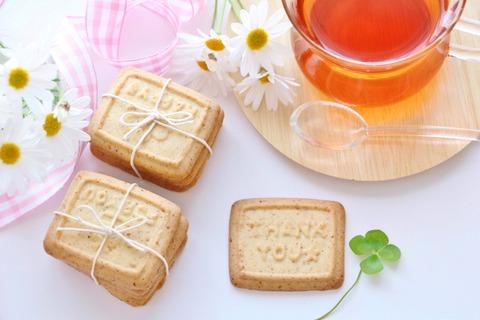 クッキーと紅茶