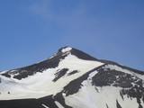 十勝岳山頂も残雪