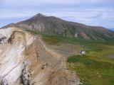 上ホロカメットク山山頂から十勝岳方向