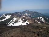 十勝岳山頂から富良野岳方向