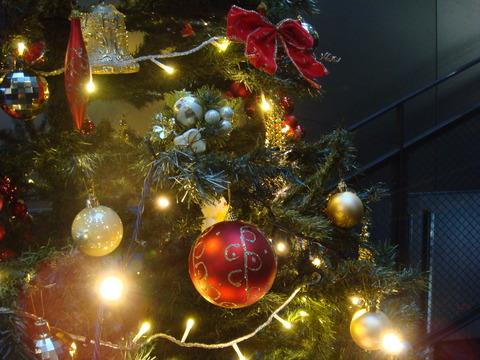 27年度クリスマスツリー1
