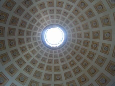 ローマのおいしい生活-教会