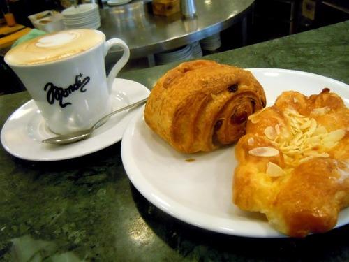 ⑯イタリアの朝ごはん - コピー