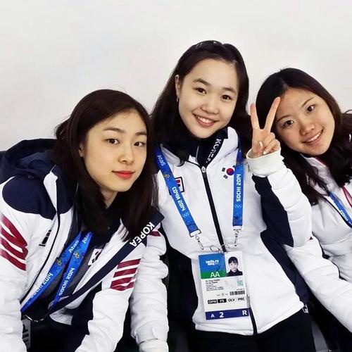 1-04-キム・ヨナ&パク・ソヨン&キム・ヘジン