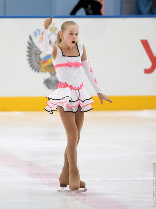 セラフィマ・サハノヴィッチ-2012RussiaJr-01
