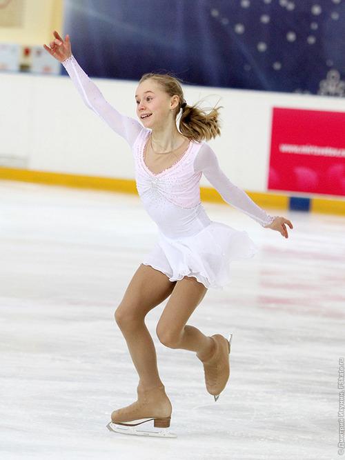 セラフィマ・サハノヴィッチ-2013RussiaJr-01