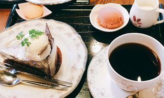 桜珈琲ケーキセットガトーショコラ