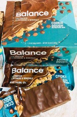 Balance Bar, 栄養補給バー、生クッキー味レビュー