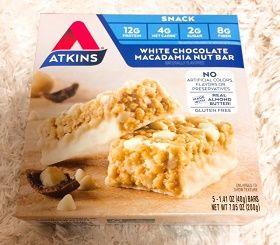 Atkins, ホワイトチョコレート マカダミアナッツ バー