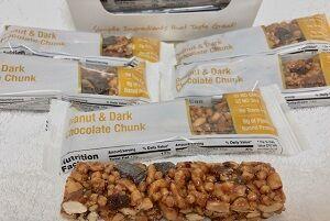 ピーナッツ&ダークチョコレートチャンクバー