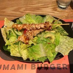 Teriyaki Chickenサラダ ウマミバーガー