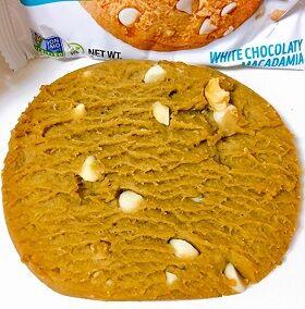ホワイトチョコレートマカデミアプロテインクッキー