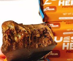 Quest Nutrition, ヒーロープロテインバー、チョコレートキャラメル