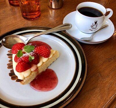 フェイバリットコーヒー苺タルトケーキ