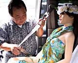 妻を捨てラブドール「さおり」と暮らす日本人男性が海外で話題にww