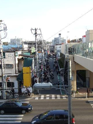 ららぽーと横浜駅道