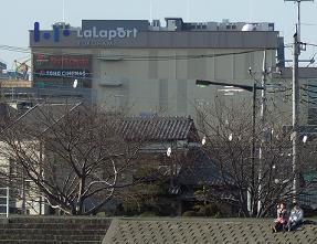 ららぽーと横浜鶴見川