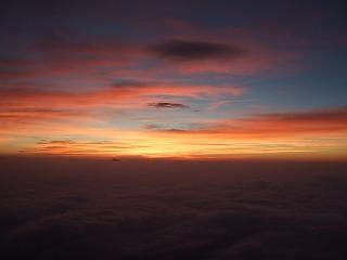 日の出前(富士山)