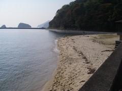 大三島ふるさと憩いの家の前の浜