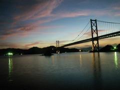 夕闇の因島大橋